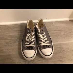 Gray converse low top sneakers